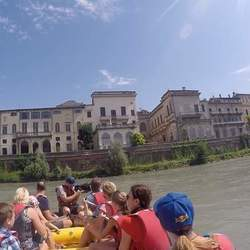 Reel Media Nordic - Making a video about river rafting in Verona, Italy